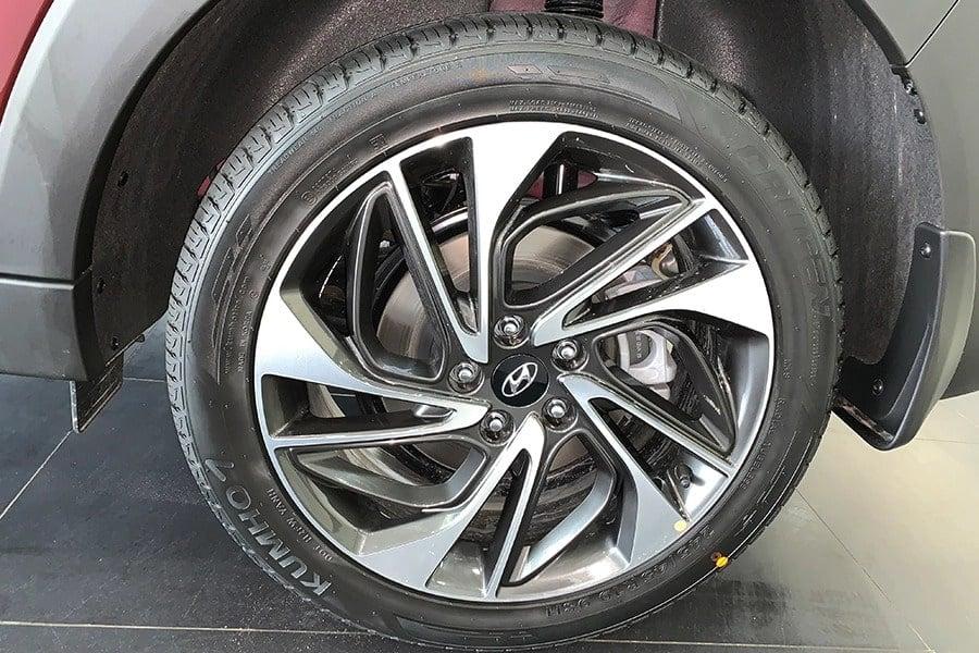 Hyundai-Tucson-2019-4
